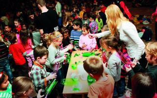 Deti čarovali z odpadkov